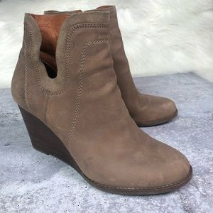 Lucky Brand Yabba Wedge Booties Suede 10